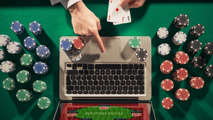 A Glimpse At Dewa Poker Online