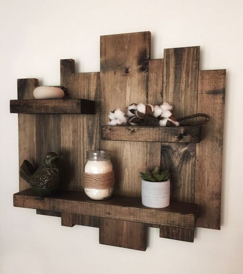 Detailed Study On The Wooden Rustic Shelves