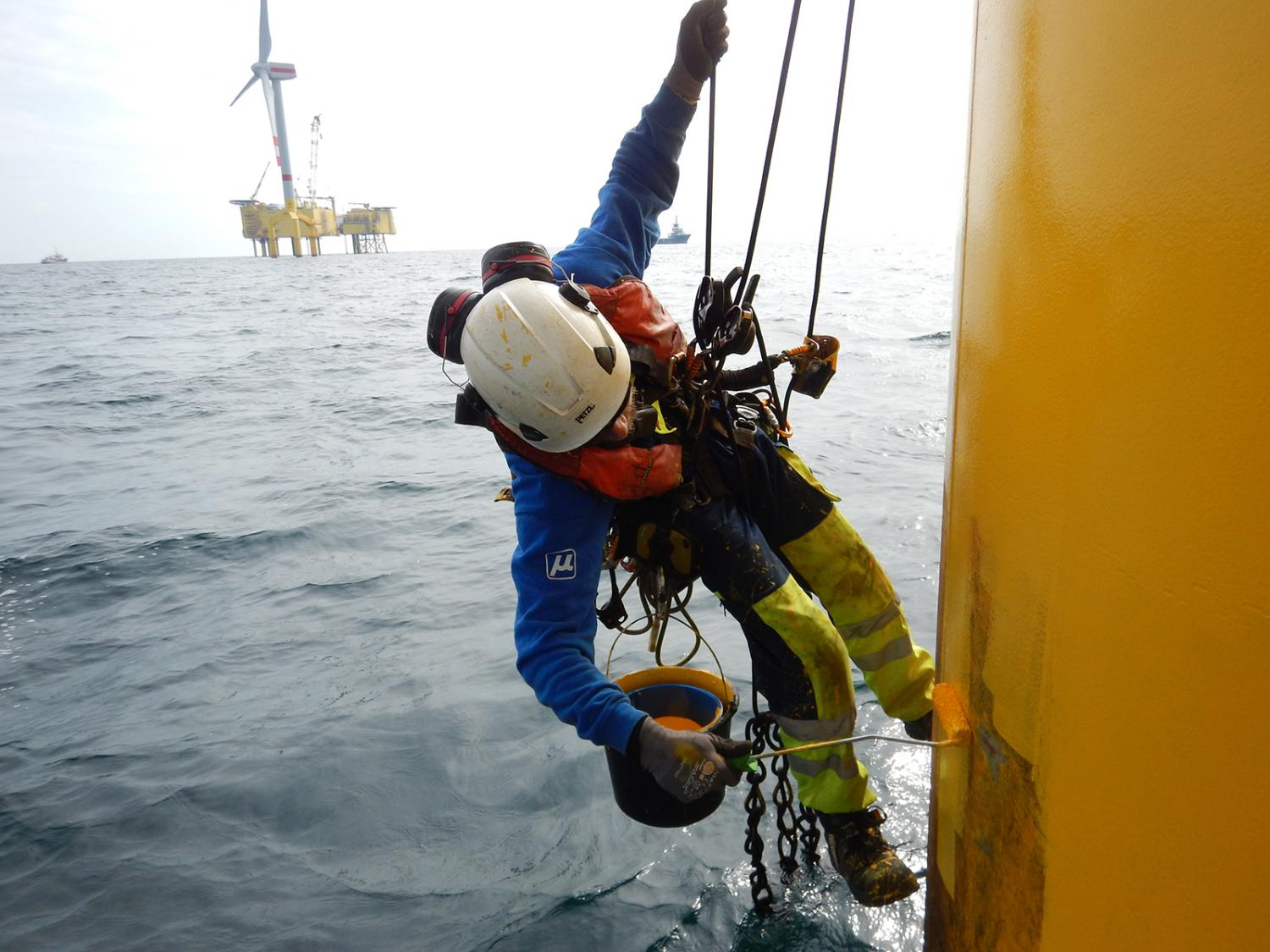 A Glance At Offshore Wind Turbine Maintenance