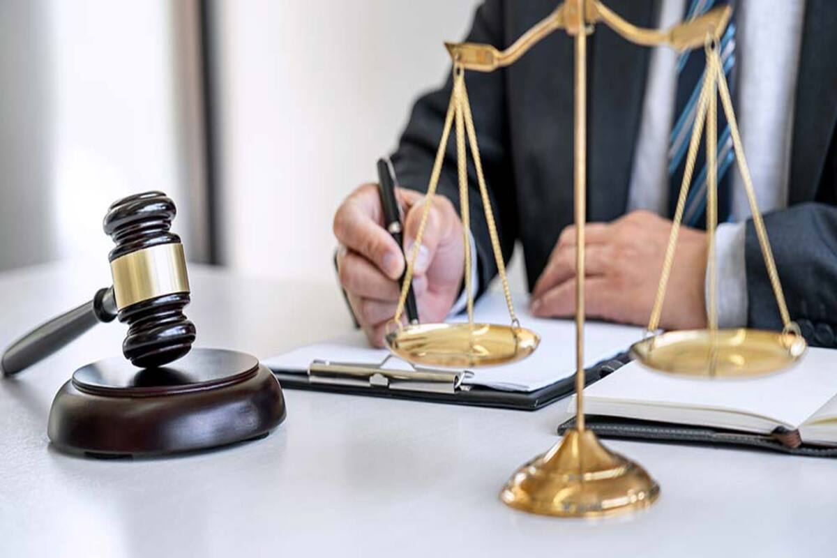 All You Need To Learn About The Top Law Firms